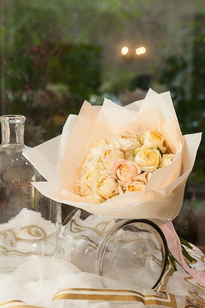 Букет из Персиковой Пионовидной Розы купить с доставкой по Саратову