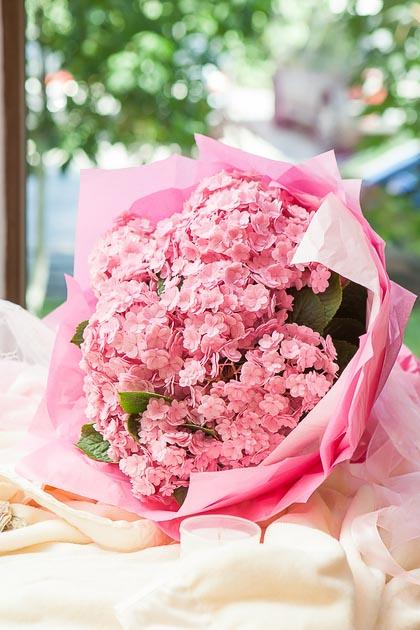 Букет из Розовой Гортензии купить с доставкой по Саратову