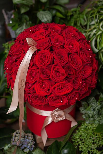 Красная Роза в Шляпной коробке купить с доставкой по Саратову