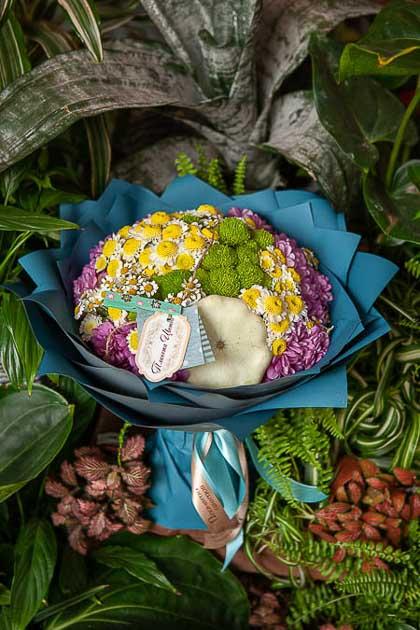 Букет из Хризантемы микс, Патиссона и Ромашки - planeta.florist