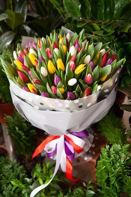 Букет из 101 тюльпана микс Саратов