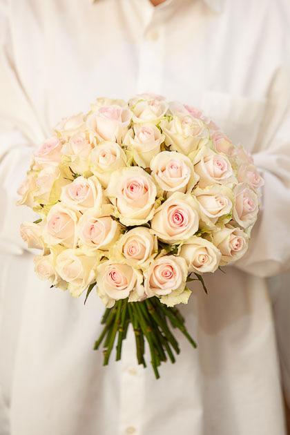 Букет Невесты из Розы Свит Ревиталь Саратов
