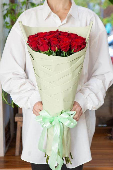 Одностороннй букет из 21 Красной розы Саратов - фото 3