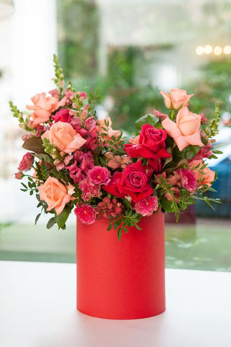 Цветы в Коробке: Роза микс, Антирринум и Фиттония  Саратов - фото 3